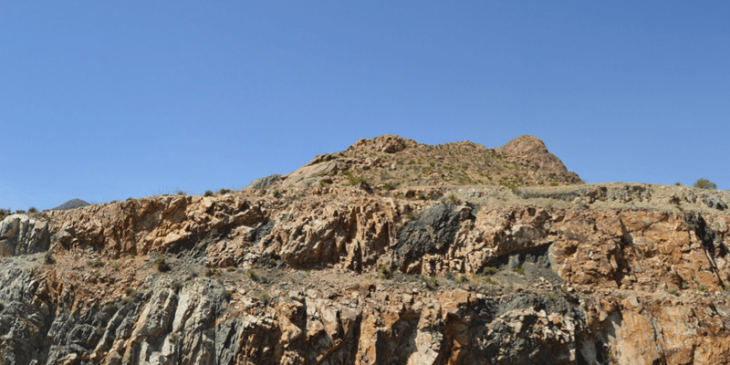 casas-de-leon-lifestyle-outdoor-franklin-mountains-1